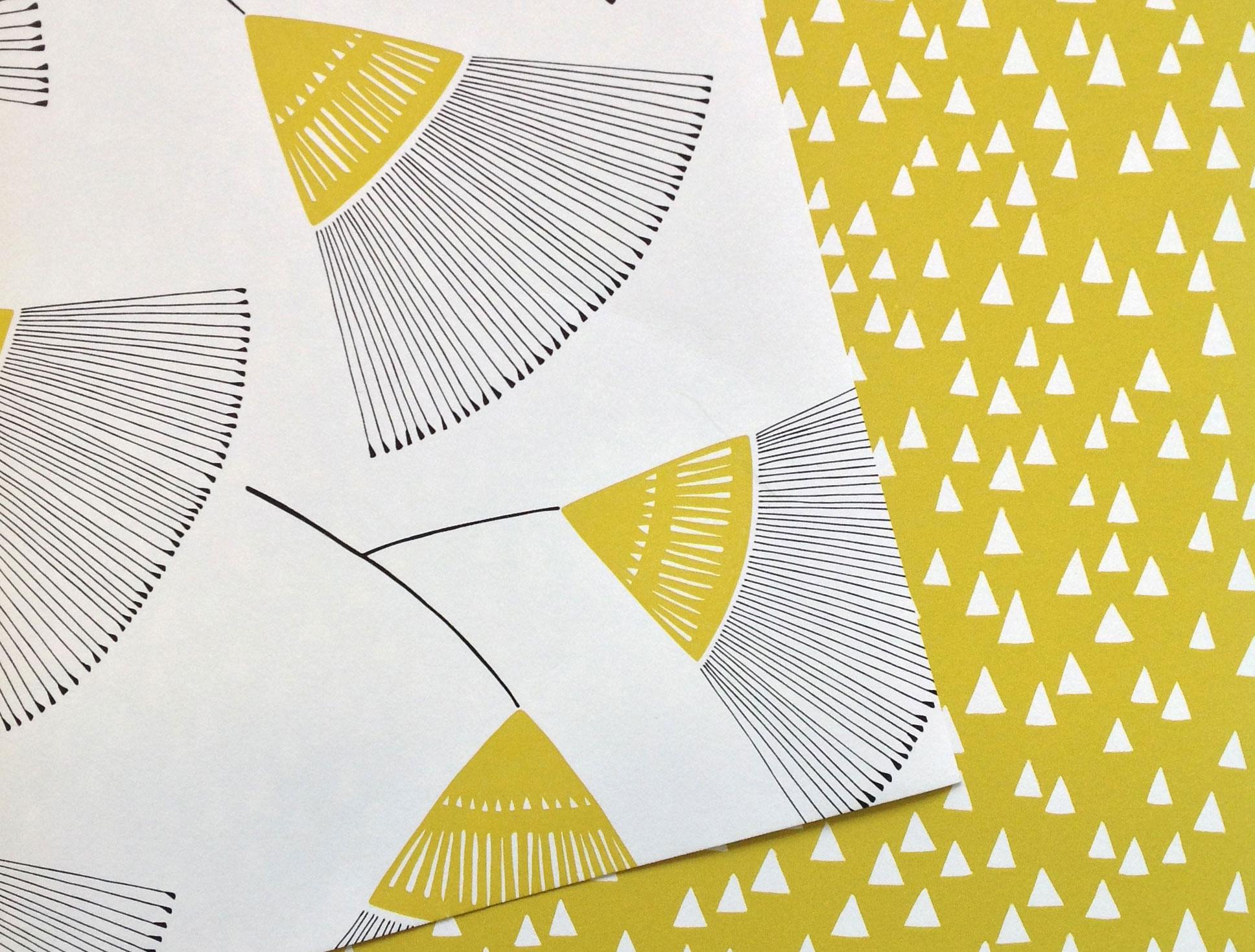 Retrokollektion-gula-tapeter-Five-Lands-Miss-Print-midbec-