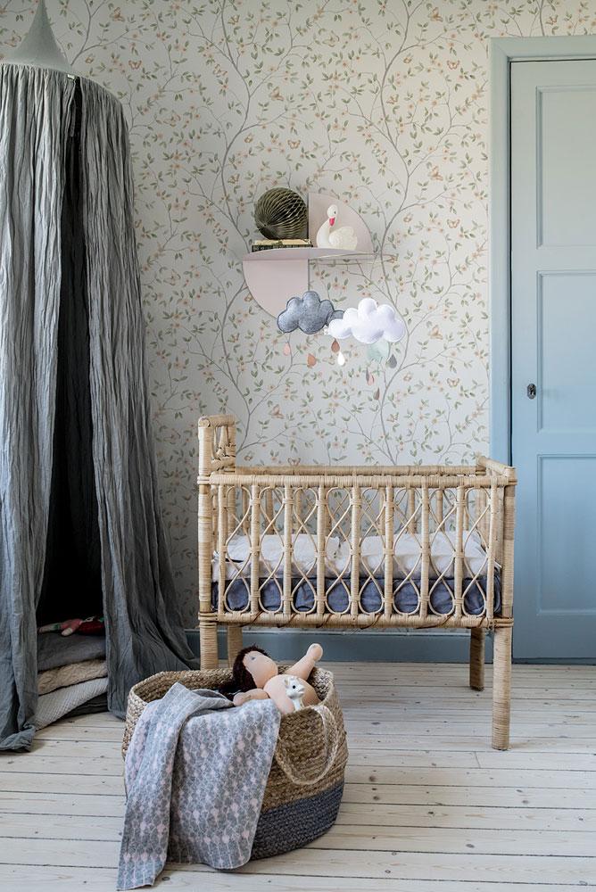 Tapetkollektion Blomstermåla barnrum tapet midbec tapeter
