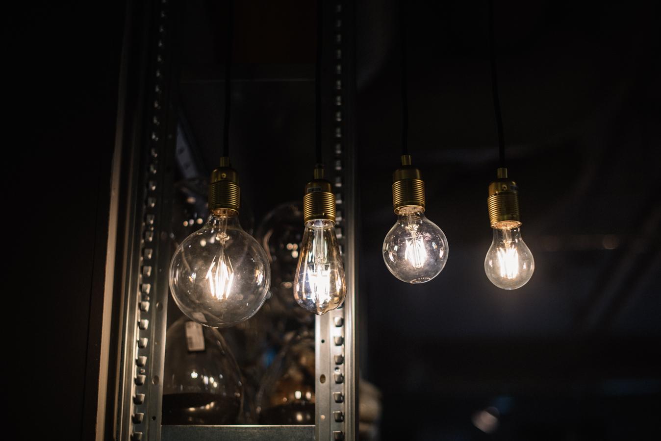 inspireras av belysning glödlampa midbec tapeter