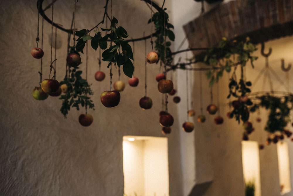 tapetfrukost-apelviken-äppelkronor-valv-midbec-tapeter