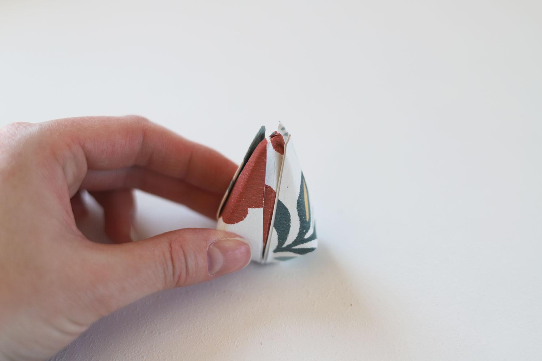 påskpyssel-papperstulpaner-midbec-tapeter-vika-steg-5
